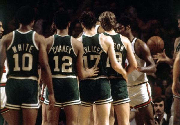 Los Celtics de White y Havlicek contra los Bucks de Robertson y Abdul-Jabbar   Foto: NBA.com