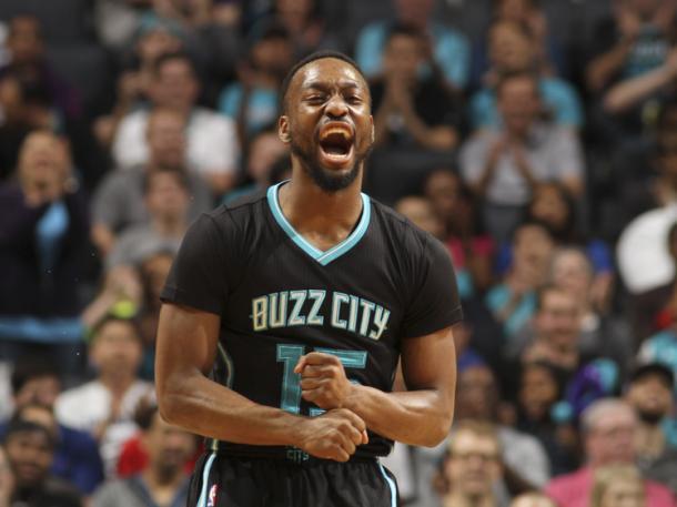 'Buzz City' se queda con su héroe | Foto: nba.com/hornets