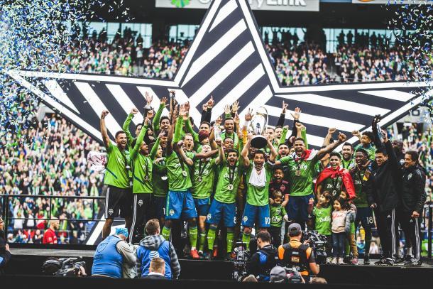 Seattle levanta su segunda MLS Cup (soundersfc.com)