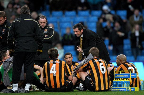 Phil Brown delivers a famous half-time discussion the last time Hull played City on Boxing Day (photo: Getty Images)