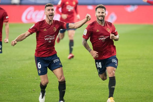 Oier y Rubén tras la transformación del gol. Fuente: Osasuna