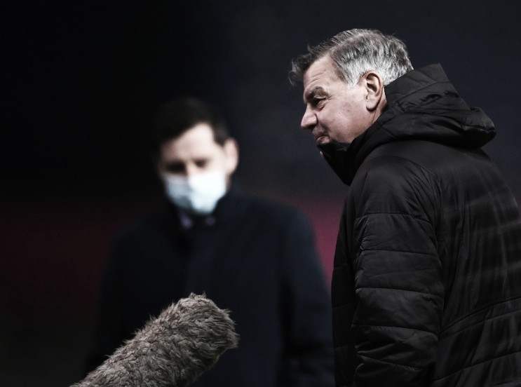 Sam Allardyce se mantiene invicto en Anfield   Foto: Premier League