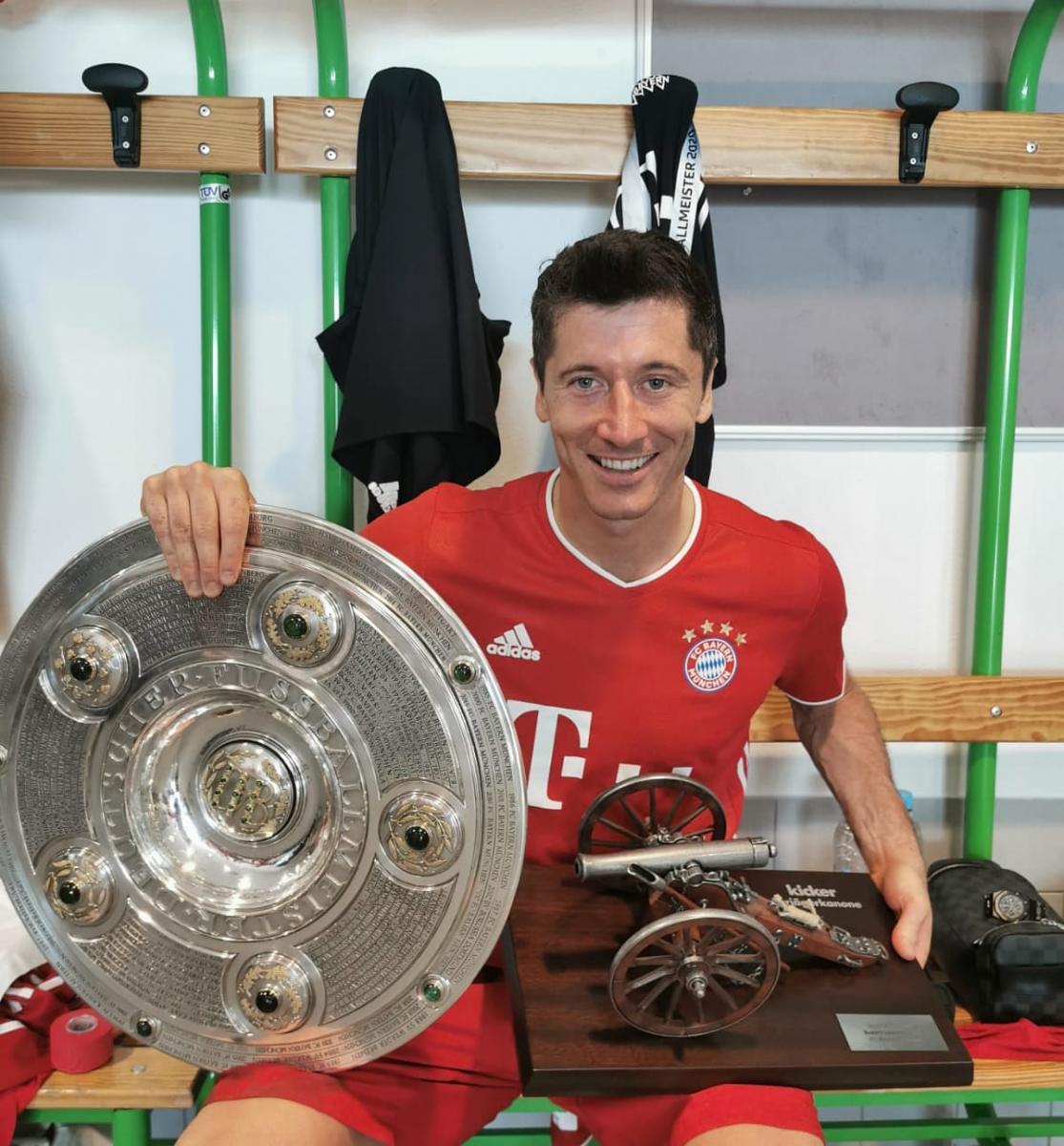 Robert Lewandowski, máximo goleador con 34 goles. /Twitter: Robert Lewandowski oficial