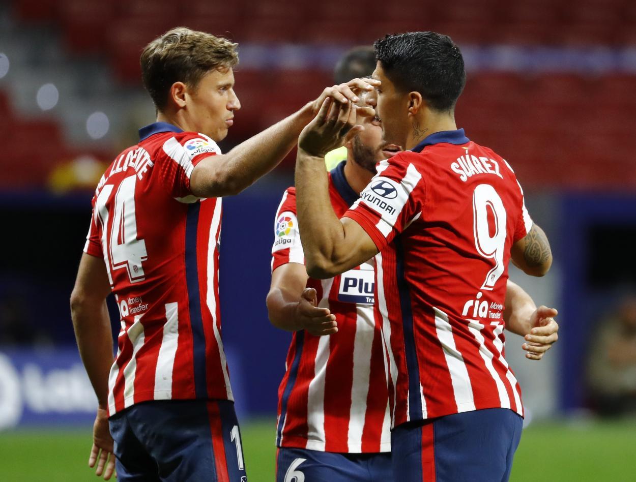 Luis Suárez y Marcos Llorente, los goleadores del último duelo ante el Betis. /Twitter: Atlético de Madrid oficial