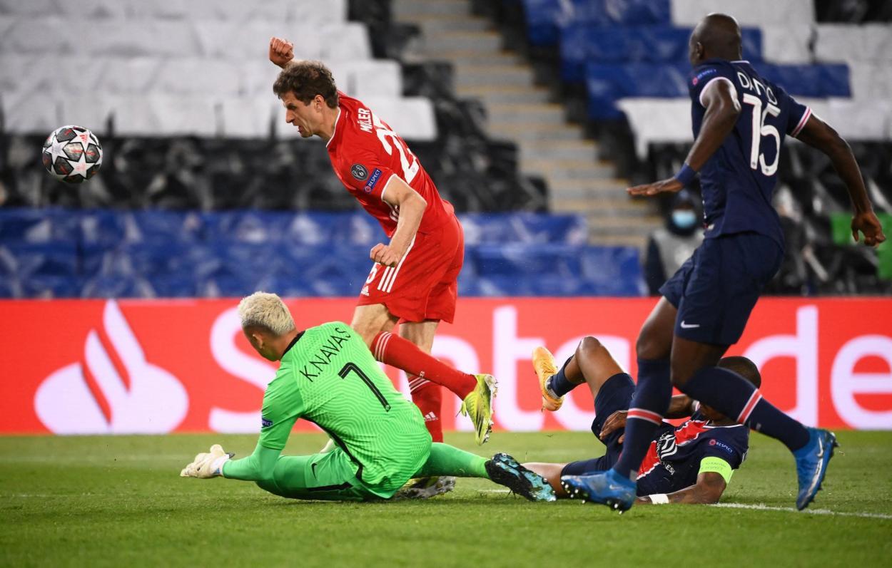 Thomas Müller tuvo la oportunidad de marcar el gol de la clasificación. /Twitter: Liga de Campeones oficial