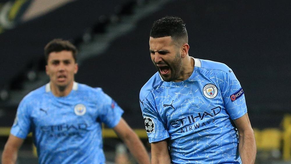 Mahrez comemorando o gol de empate (Foto: Divulgação/Manchester City)