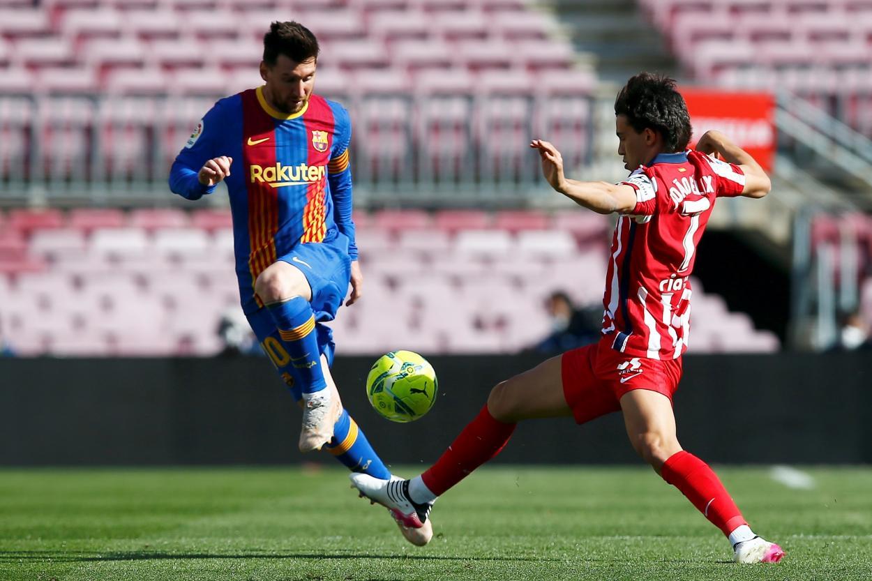 Joao Félix impidió que Messi marcara el primero del partido. /Twitter: LaLiga oficial