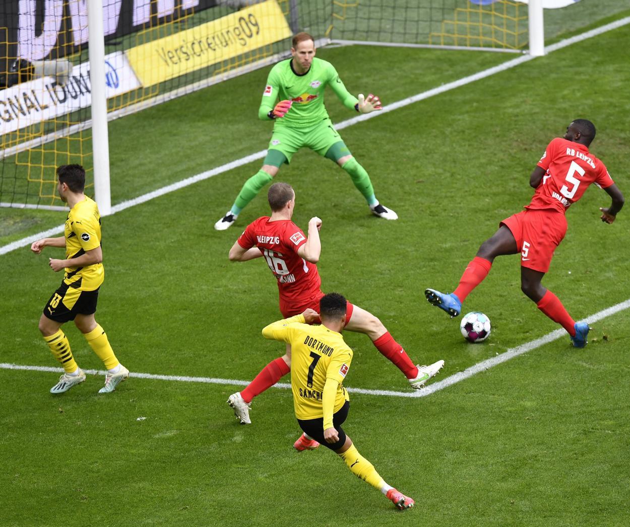  Sancho, responsable de la victoria ante el Leipzig./ Twitter: Borussia Dortmund oficial  