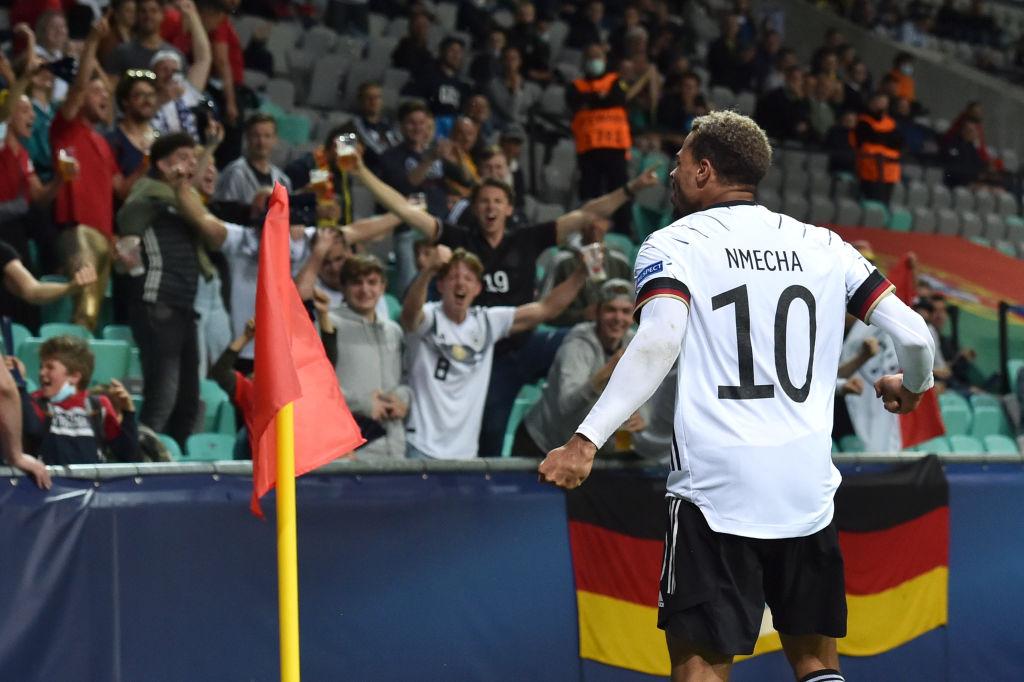 Nmecha, el autor del gol del título. /Twitter: UEFA. con oficial