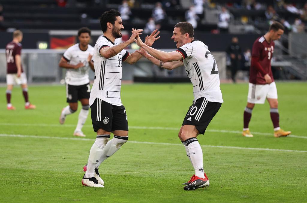 Gündoğan y Gosens, dos de los goleadores de la noche. /Twitter: Selección Alemana oficial