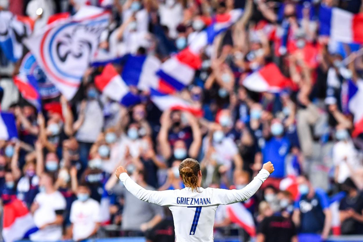 Antoine Griezmann metió el primer gol del partido. /Twitter: Equipe de France oficial