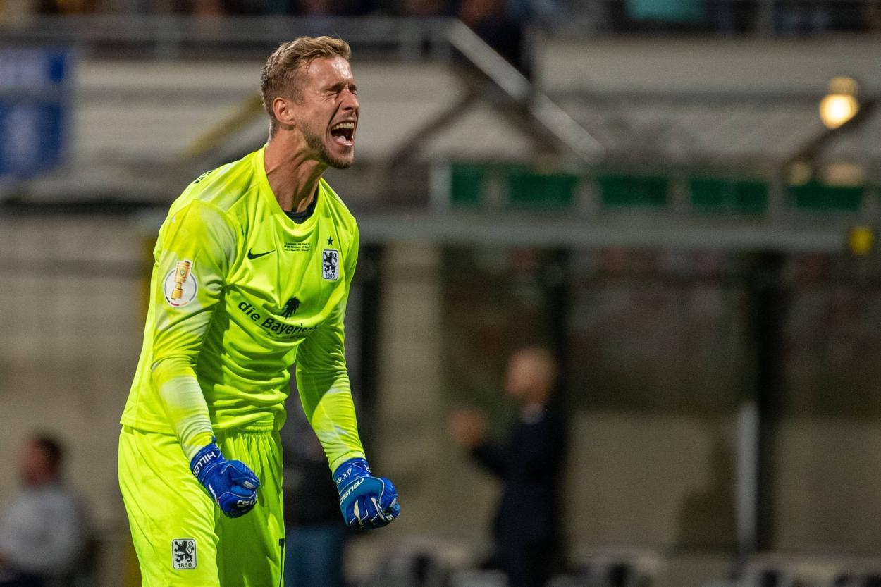 Marco Hiller, el héroe de la noche. / Twitter: DFB Pokal oficial