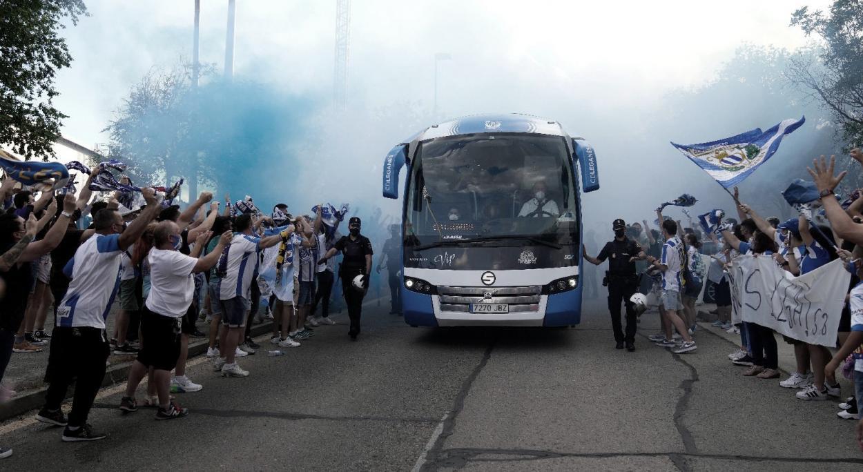 Recibimiento de la afición pepinera en el playoff // Foto: Leganés