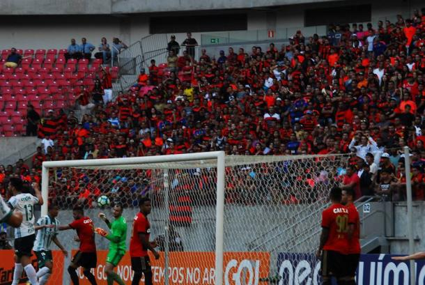 Verdão mostra mais eficiência e sai em vantagem na etapa inicial (Foto: Genival Fernandes/Especial à VAVEL Brasil)