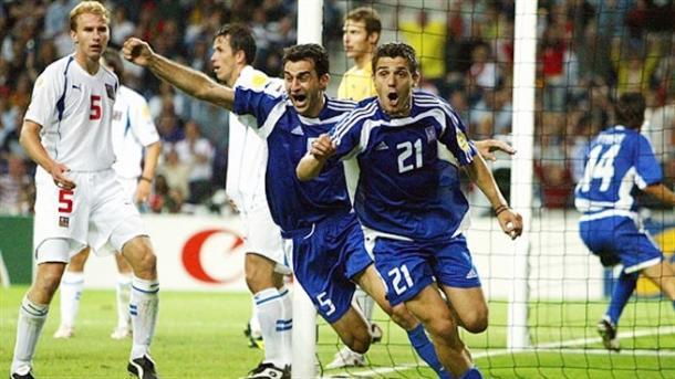 Momento en el que Dellas anota el gol que les clasifica para la final. / Foto: uefa.com