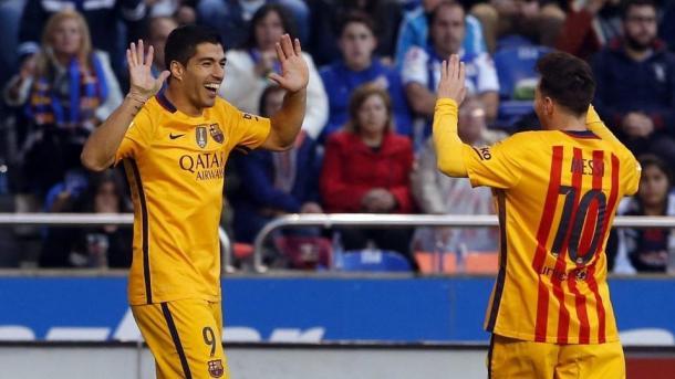 Suárez y Messi, celebrando uno de los goles del encuentro | Foto: fcbarcelona.cat