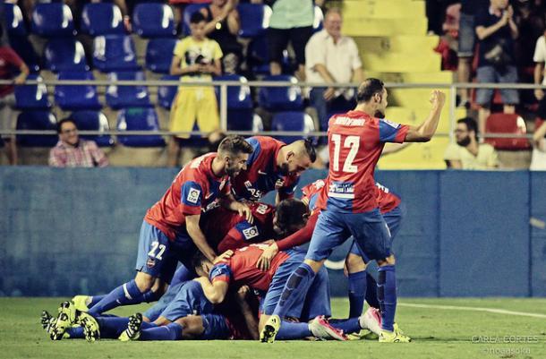 Celebración del gol de Verza frente al Celta. Foto: Carla Cortés - VAVEL.