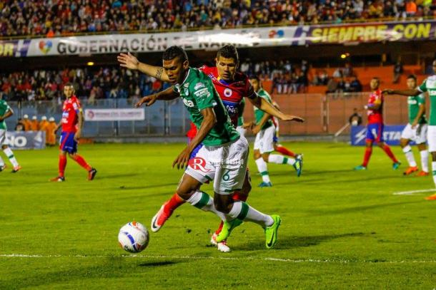 Deportivo Pasto ante Deportivo Cali. Foto: Quique Rosero.