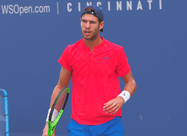 Khachanov cut a frustrating figure at times during the battle (Photo: Noel Alberto/VAVEL USA)