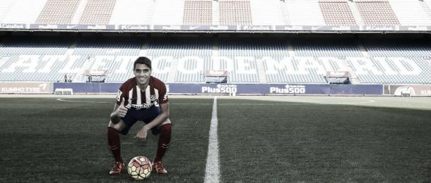 El centrocampista fue presentado el 5 de enero en el Vicente Calderón | Foto: Ángel Gutiérrez - Club Atlético de Madrid