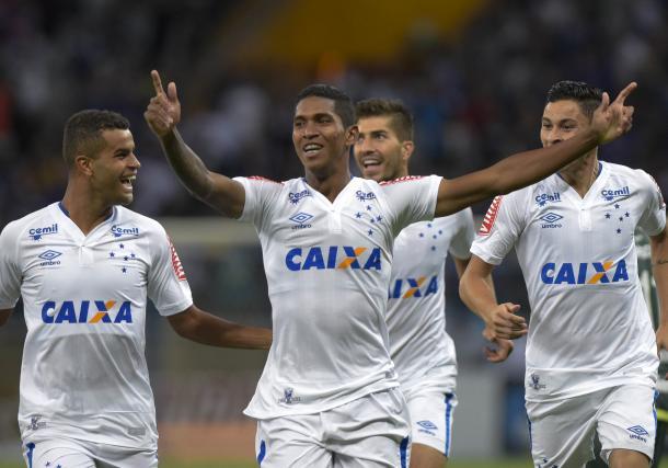 Raniel marcou o gol da vitória simples do Cruzeiro sobre a Chape no jogo de ida das oitavas (Foto: Washington Alves/Light Press/Cruzeiro)