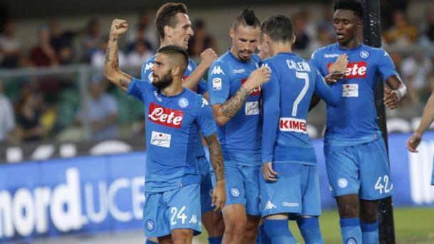 Insigne e compagni festeggiano uno dei gol segnati all'Hellas Verona. | Corriere dello Sport