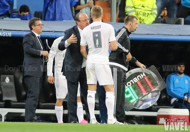 Kroos y Benítez en un encuentro en el Bernabéu | Fuente: Dani Mullor, VAVEL España