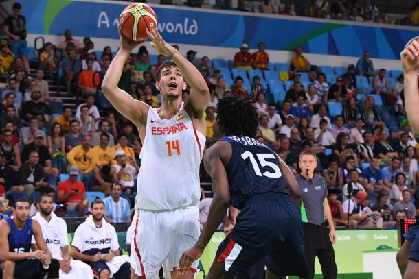 Willy Hernangomez (14) will be key in the semifinal game against Team USA. Photo: FIBA