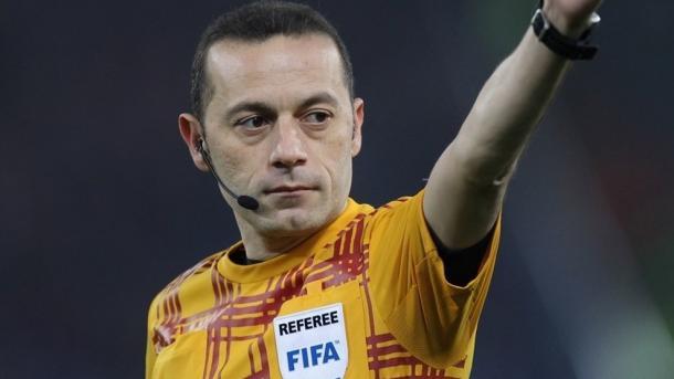 Cüneyt Çakır, árbitro del Liverpool - FC Barcelona. FOTO: UEFA.com