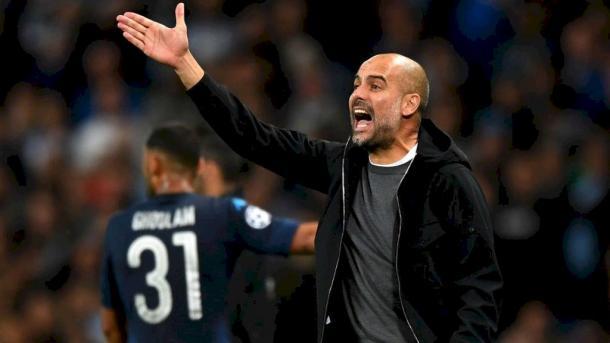 Guardiola dando instrucciones en el encuentro de ida en el Etihad / Foto: Manchester City