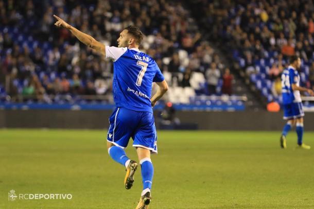 Lucas Pérez celebrando un gol en Riazor | Foto: RC Deportivo