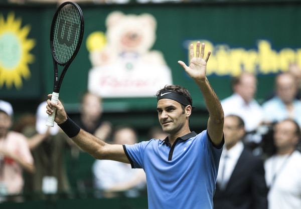 Roger Federer will return on his beloved grass courts this week in Stuttgart. Photo: Lars Baron/Bongarts