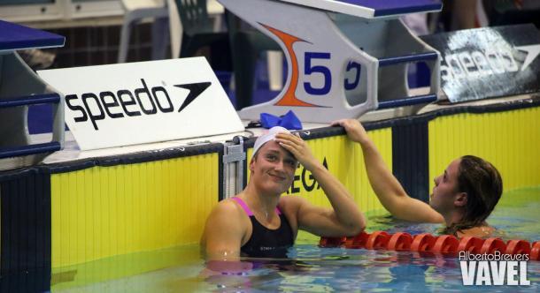 Mireia Belmonte en la piscina del Club Santa Olaya