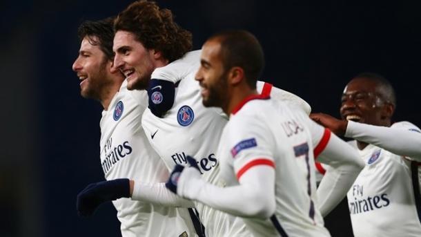 La gioia del PSG, vittorioso in casa del Chelsea. Fonte: Getty Images.