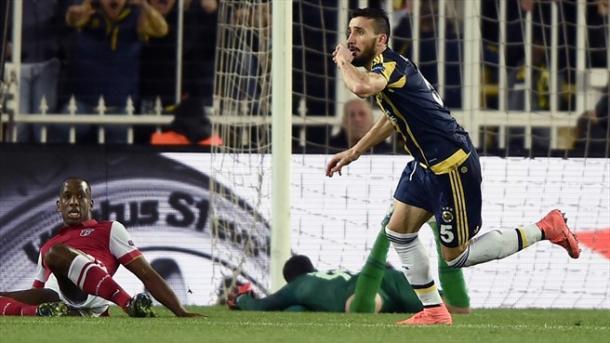 Topal foi o autor do golo da vitória // Foto: AFP/Getty Images