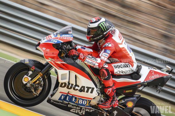 Jorge Lorenzo durante un Gran Premio. Foto: Lucas AFS