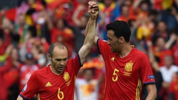 Iniesta e Busquets, polmoni del centrocampo. Fonte: it.uefa.com