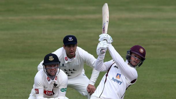 Duckett continued on his merry way against Sussex | Photo: Getty Images