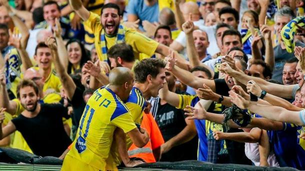 Los jugadores del Maccabi celebrando un gol | Villarreal CF