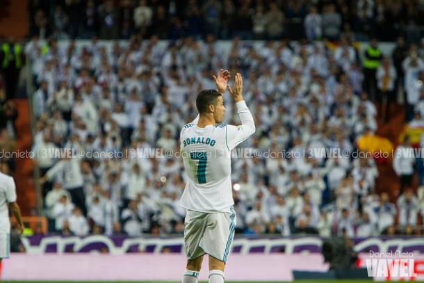Cristiano se retira ovacionado por el Santiago Bernabéu | Foto: Daniel Nieto (VAVEL)