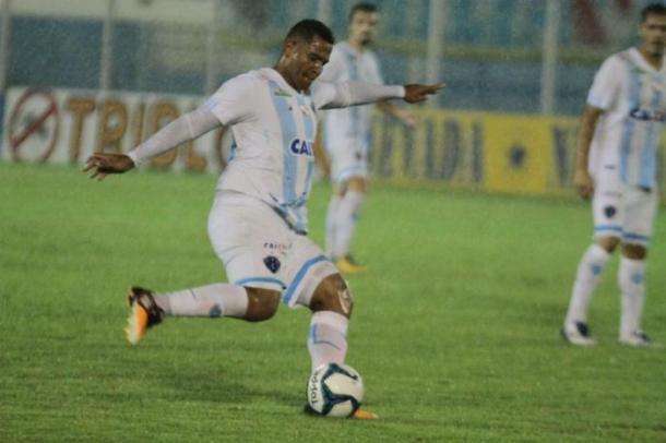 Atacante Walter foi um dos principais reforços do bicolor até agora (Foto: Fernando Torres/Paysandu)