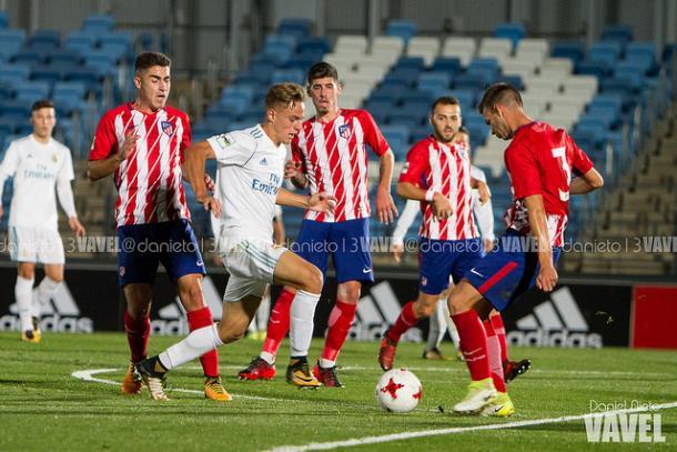Partido entre los filiales de Real Madrid y Atleti | Foto: Dani Nieto (VAVEL)