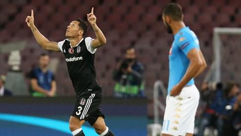 Adriano celebra su gol | Foto: Beşiktaş JK