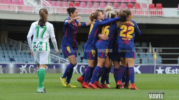 Jugadoras del femenino celebrando un gol. | Foto: Ernesto Ardilla, VAVEL