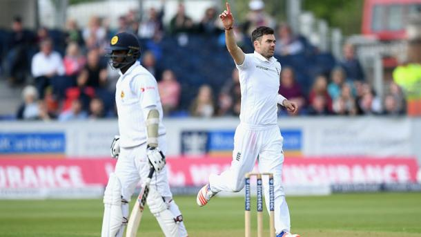 Anderson celebrates the big wicket of Matthews | Photo: Getty