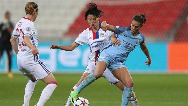 Saki Kumagai of Lyon and Lloyd battling for the ball in the Champions League semi-final l Photo: Getty Images