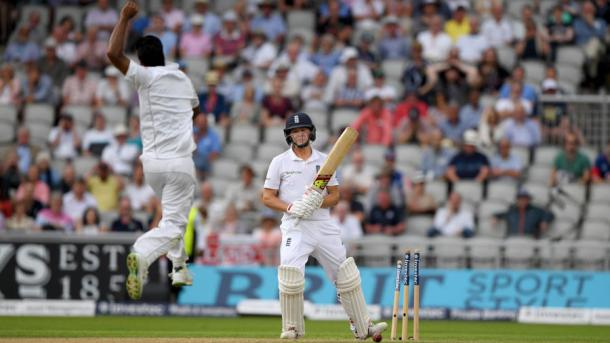 Rahat Ali celebrates the wicket of Ballance before the end of day one | Photo: Getty