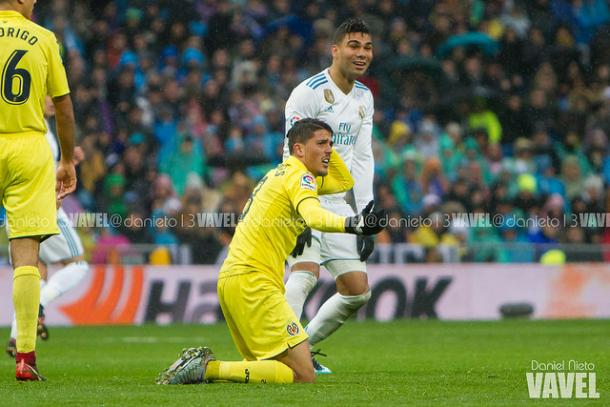 Fornals y Casemiro durante el partido I Foto: Daniel Nieto (VAVEL)