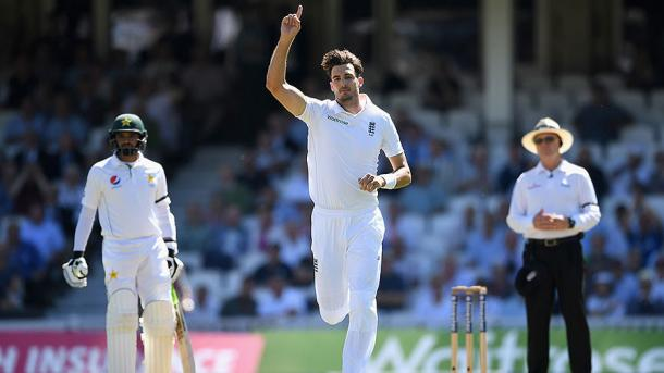 Finn celebrates the wicket of Yasir | Photo: Getty