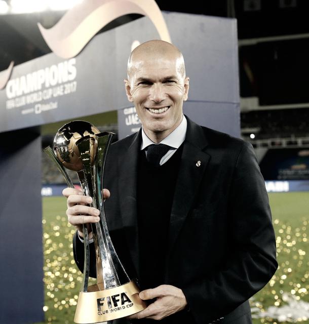 Zidane, festejando su segundo Mundial de Clubes | Foto: Real Madrid C.F.